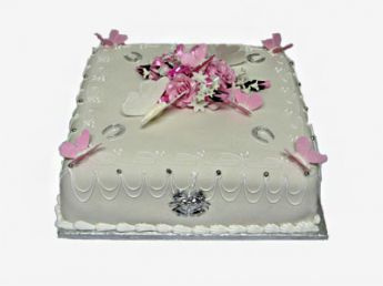 <p>Square Wedding Cake</p>